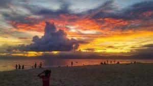 couché-soleil-nuageplage