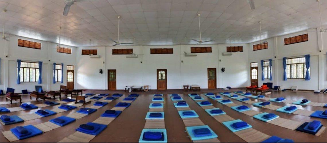 meditation-vipassana-hall