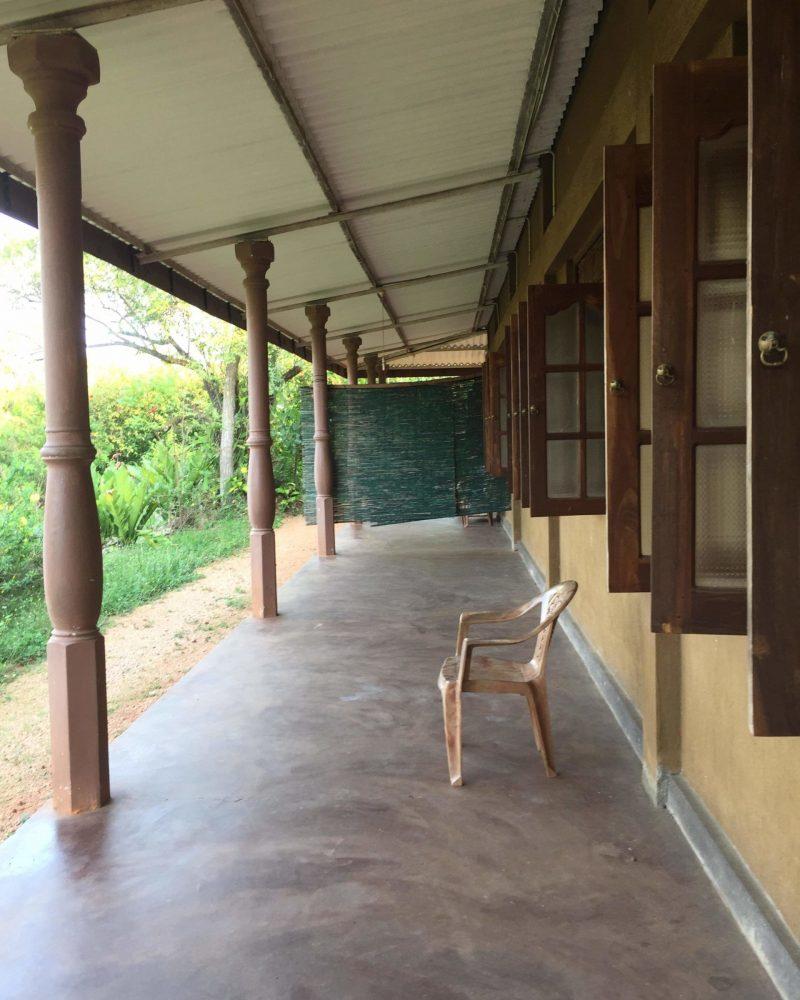 vipassana-meditation-anuradhapura-sri-lanka (5)